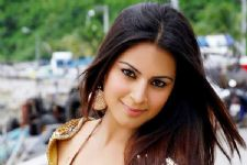 Shraddha Arya in Star Plus' next....