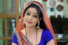 Big challenge to join a show in between: Shubhangi Atre