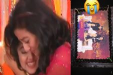 Helly Shah and Tejasswi Prakash Wayangankar get EMOTIONAL on the LAST DAY of 'Swaragini'!