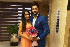 Actor Mrunal Jain's wife turns designer!