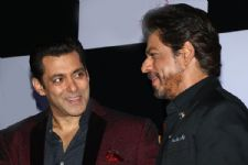 #BB10: Salman Khan and Shahrukh Khan are BACK together on 'Bigg Boss Season 10'..!