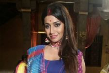 This actress potrays her HOT Avatar in Ghulaam!