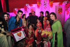 When actors Tassnim Sheikh, Abhishek Malik, and Sonali Nikam GATECRASHED a wedding!!