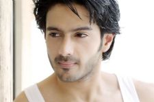 Dhruv Bhandari confirms DATING choreographer Shruti Merchant!!
