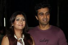 Juhi Sachin Shroff celebrates her ANNIVERSARY on sets!!