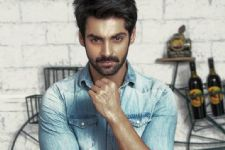 I do not talk about my personal life - Karan Wahi