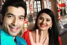 Ssharad Malhotra and Kratika Sengar go 'CRAZY' for their 'Kasam Tere Pyaar Ki' co-actor!
