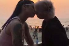 Check out Bani J's passionate 'LIP-LOCK' with this 'WOMAN'!