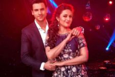 When Divyanka shied away from 'hugging' hubby Vivek Dahiya on the Nach Baliye stage!