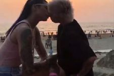 Here's what Sapna Bhavnani has to say about her 'KISS' with Bani J!