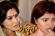 WHATT? Preeto SELLS the baby to an NRI family in 'Shakti...Astitva Ke Ehsaas Kii'