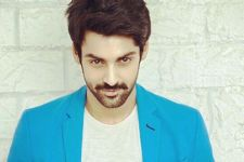 Karan Wahi launches 'Frunch'!