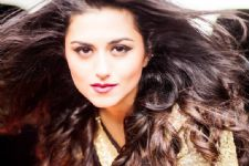 """I get exhausted because my character is grey in Woh Apna Sa"" - Ridhi Dogra"