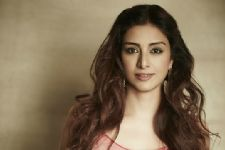 After a Bollywood stint, Tabu to re-unite with Narayani Shastri on this Star Plus show!