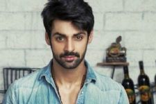Karan Wahi achieves another MILESTONE in his life and career!