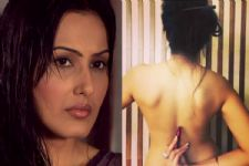 Kamya Punjabi's account gets HACKED; her TOPLESS photo gets DELETED!