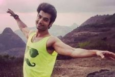 Woah! Ssharad Malhotra aka Rishi from 'Kasam Tere Pyaar Ki' is all set to DIRECT a film!
