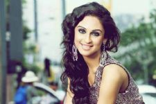 Krystle D'souza to reveal interesting hair and make-up hacks in her new project - Glam It Up!