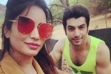 Ssharad Malhotra is ECSTATIC about the 5th anniversary of...