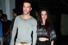 #Stylebuzz: Sanjeeda Sheikh Was Easy-Breezy For Kangana Ranaut's Film Screening!
