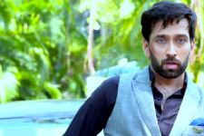 Nakuul Mehta HURTS himself while shooting for his on-screen Diwali sequence in 'Ishqbaaaz'