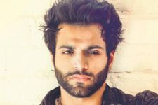 Meet the Guest list on Rithvik Dhanjani's Colors show....