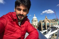 Karan Wahi turns his work trip into fun