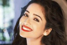 The roasting will be healthy and pleasant; it won't offend anyone: Asha Negi