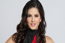 WOW! A webseries on Sunny Leone?
