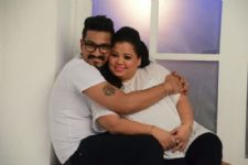 Here's what Bharti Singh and  Haarsh Limbachiya are doing on their Honeymoon!
