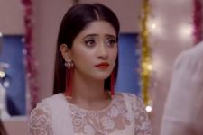 Dadi Throws Naira OUT of the house; Nikhil KIDNAPS her in 'Yeh Rishta..'