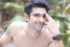 """If there is a grey shade to my character, I would love that,"" says Eijaz Khan"