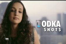 #TeaserReview: Sanaya Irani is SEXY, BLUNT, BRAVE & a Vodka addict in 'Vodka Shots'