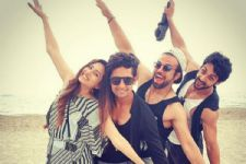Rithvik Dhanjani - Asha Negi and Karan Wahi join Ravi Dubey and Sargun Mehta in Bangkok!