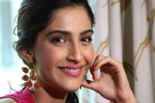 This TV actress lauds Sonam Kapoor for her PADMAN performance!