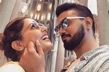 Hina Khan and Rocky Jaiswal perform together for the first time