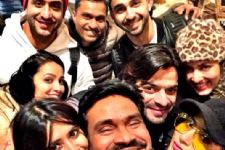 #CheckOut: Team 'Yeh Hai Mohabbatein' has landed in London!