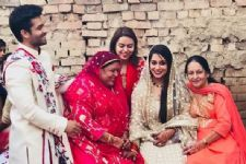 Shoaib and Dipika celebrate their One-Month Anniversary with their in-laws!