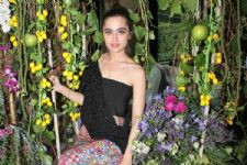 #Stylebuzz: Yay Or Nay, Sanjeeda Shaikh In This Lemon Wedge Inspired Ensemble...