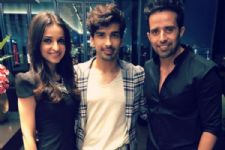 #Stylebuzz: Sanaya Irani And Mohit Sehgal Make For A Fancy Couple At The Premier