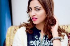Arshi Khan feels that 'Media should leave some space for celebrities'