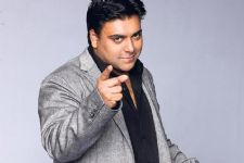 Ram Kapoor Is Holidaying With His Family In London; See Pics