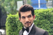 Is Arjun Bijlani Walking In The Footsteps Of Ranveer Singh?