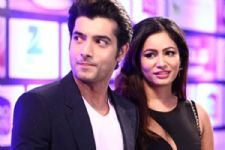 Here's another angle to the infamous BREAK-UP between Ssharad Malhotra & Pooja Bisht