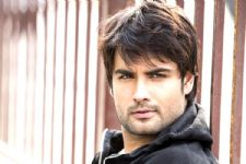 Vivian Dsena had a SURPRISE for someone SPECIAL.