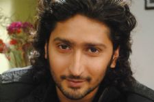 Back on Zee TV, Kunal Karan Kapoor has a REUNION with..