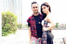 After 'Kyunki Saas Bhi Kabhi Bahu Thi, Vikas Gupta & Mouni Roy come together again!