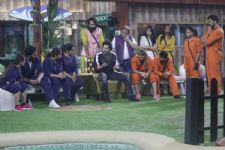 #BB12: Varun Dhawan goes into the Bigg Boss House; gives the nominated contestants a task!