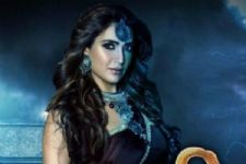 WOAH! Karishma Tanna to come back in Naagin 3!