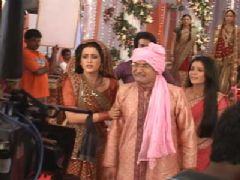Aarushi's wedding sequence on the sets of Pratigya